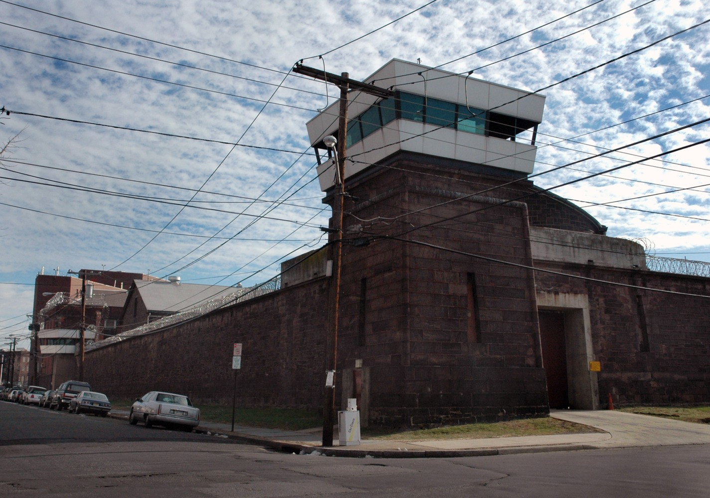 ACLU wants prisons to end ban on mass incarceration book