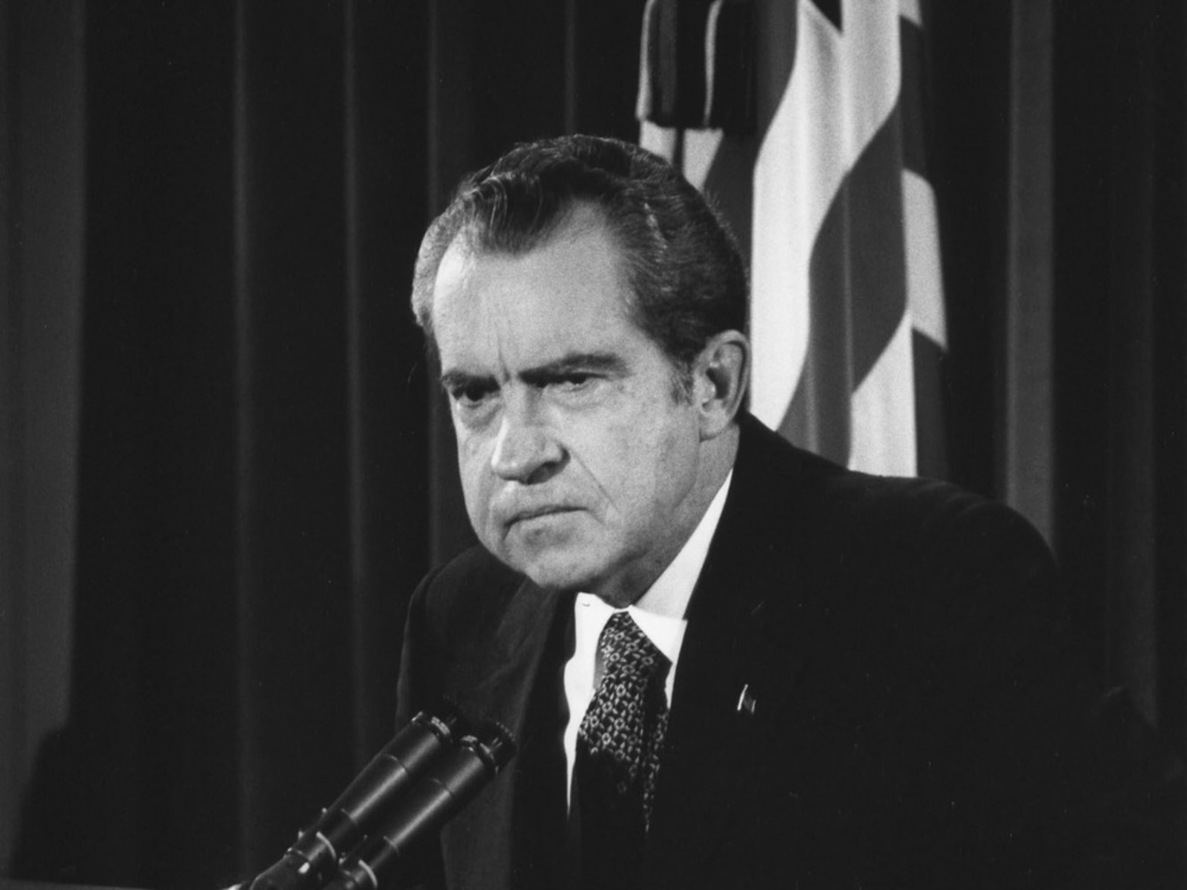 president nixon and the watergate scandal Nixon was the logical choice as republican candidate for president in 1960 and found himself facing a former friend, and another elite opponent, in john f kennedy his televised debates with kennedy were another signature moment in his career—only this time, nixon was to suffer.