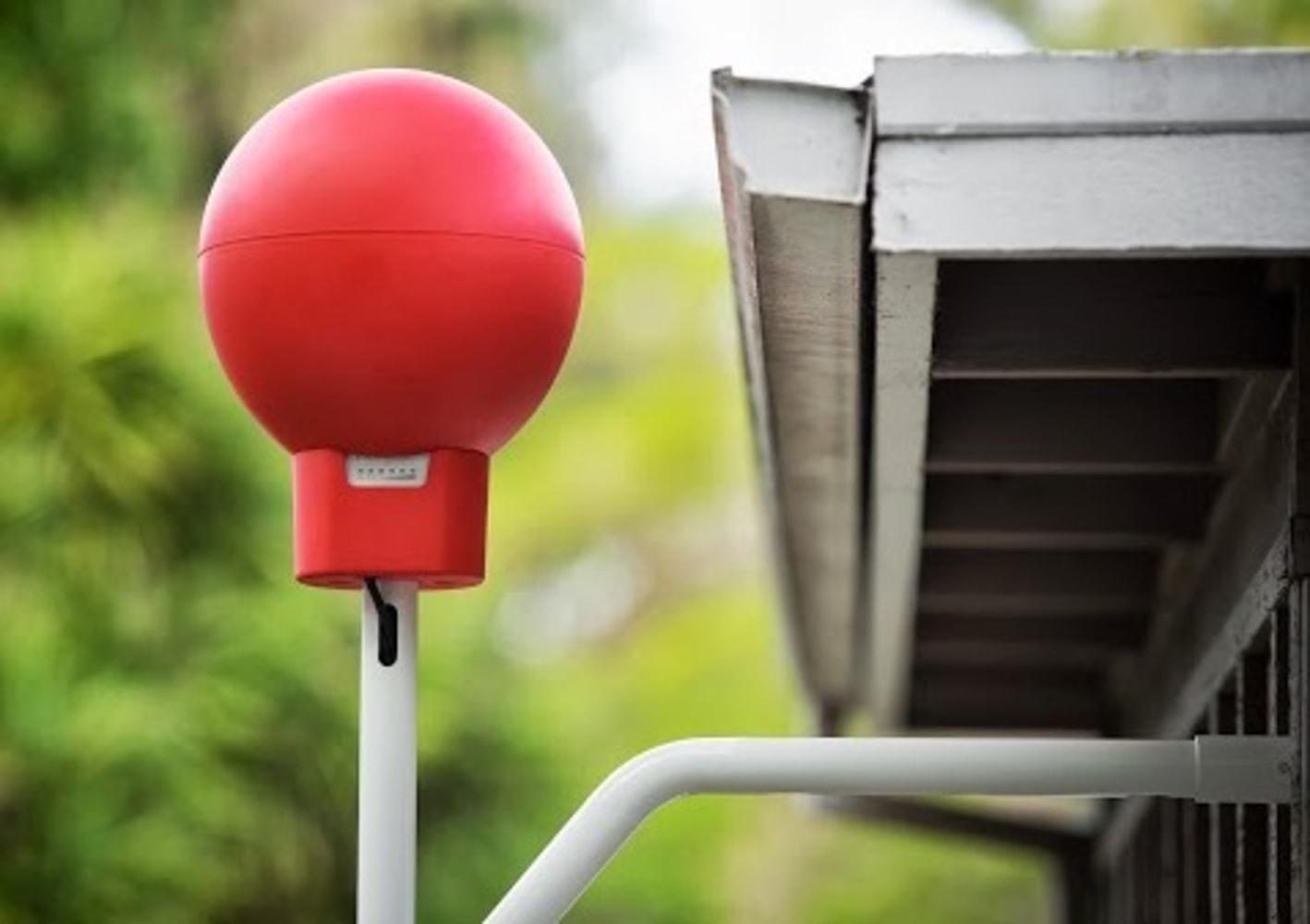 Google's Internet-beaming balloons get first volunteer testers