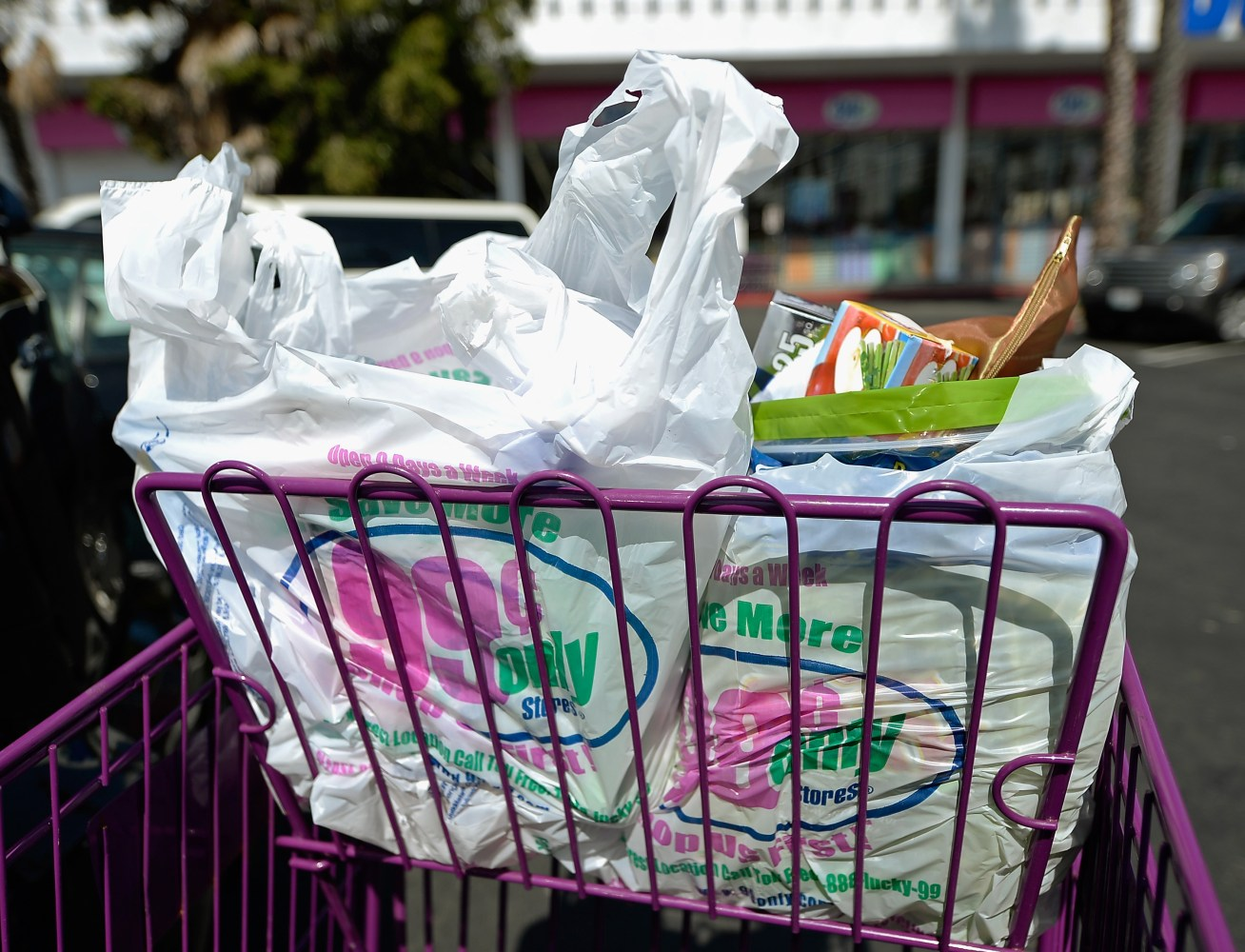 bag it in nyc plan sees dime charge for plastic or paper nbc news. Black Bedroom Furniture Sets. Home Design Ideas