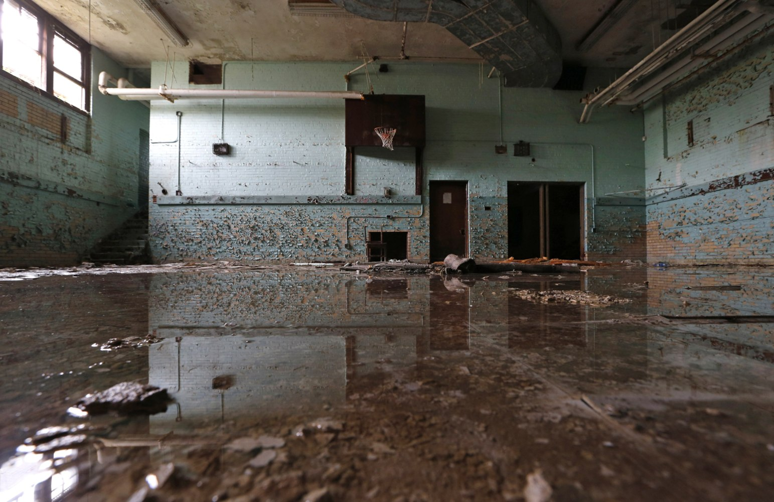 Leaky Government Detroit S Water Supply Wasted By Ravaged