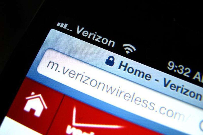 Researchers hack Verizon device, turn it into mobile spy