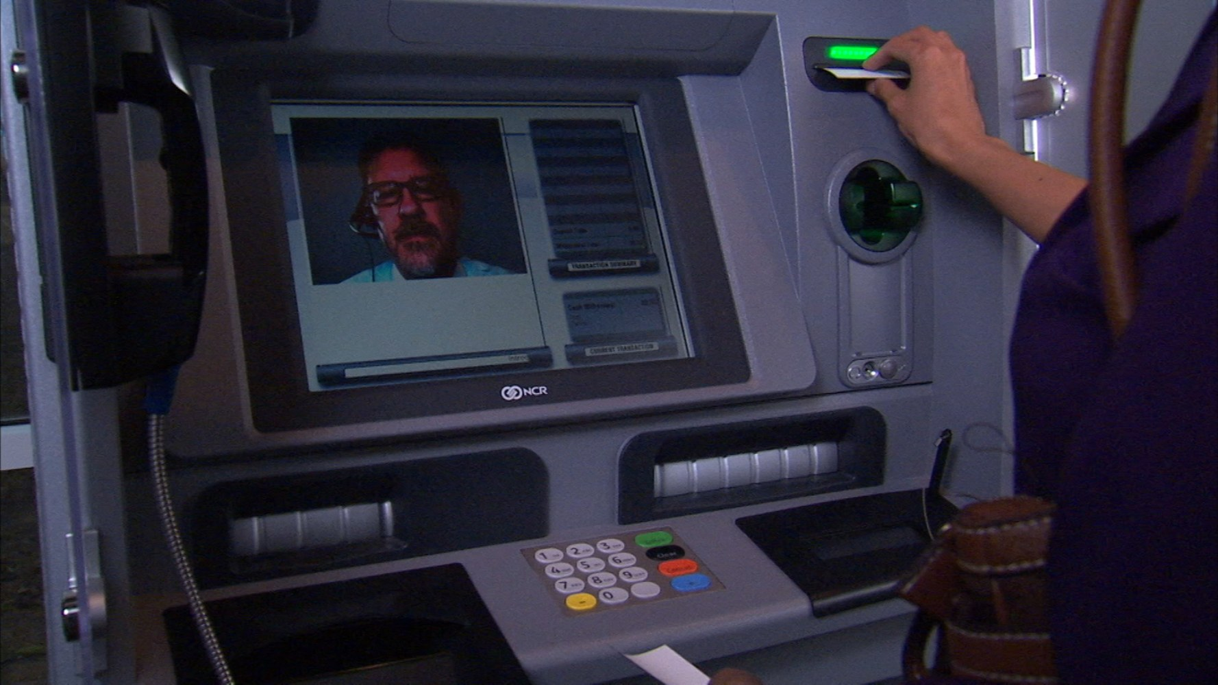 Banks putting human tellers in ATMs