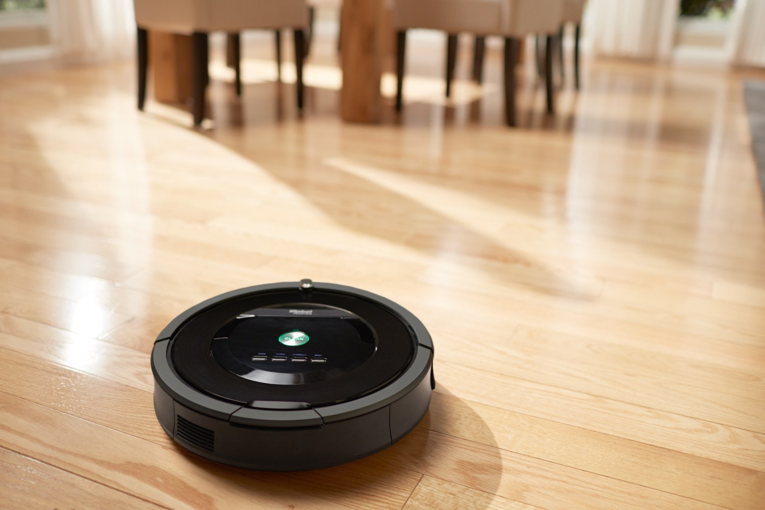 new roomba chews up hair and is 50 percent suckier nbc news. Black Bedroom Furniture Sets. Home Design Ideas