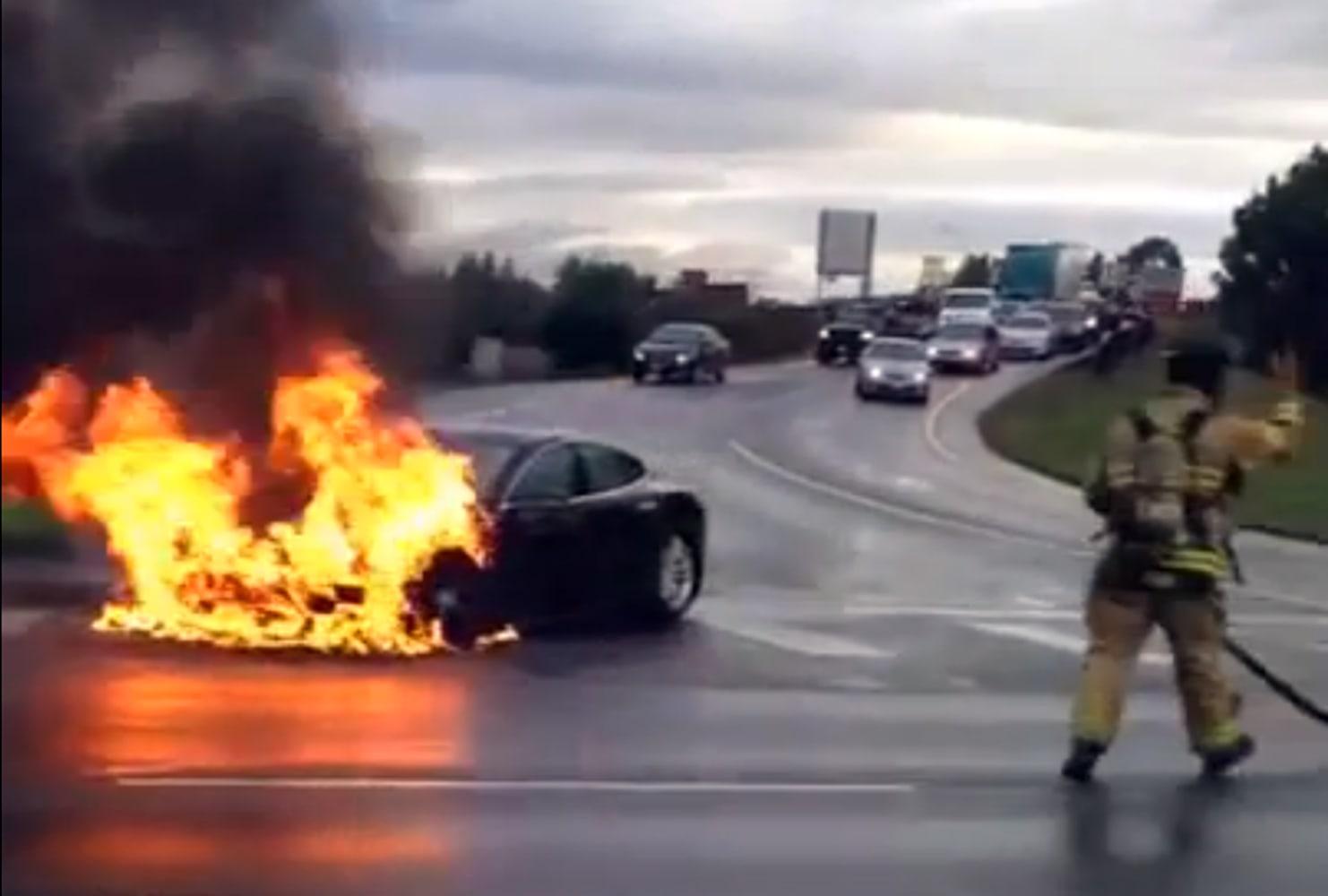 Tesla Model S Burns