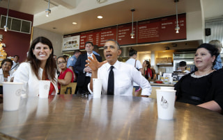 Image: U.S. President Obama has lunch at the Chipotle Restaurant in Washington