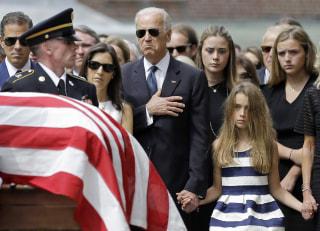 Image: Beau Biden, Joe Biden, Hallie Biden, Natalie Biden