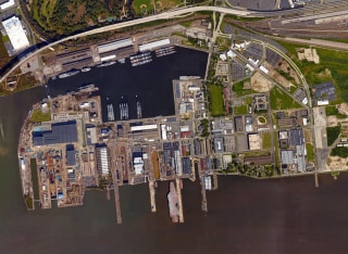 U.S. Navy Yard in Philadelphia.
