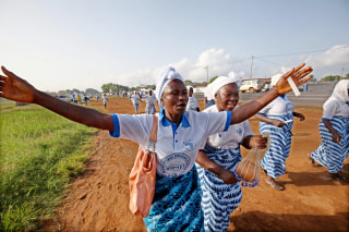 Image: End of deadly ebola outbreak in Liberia