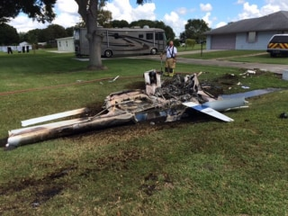 Image: The scene at a deadly plane crash in Okeechobee, Florida.