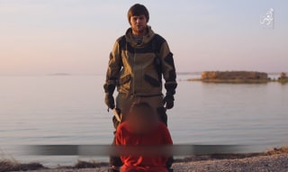 Image: ISIS interrogated and beheaded an alleged Russian spy