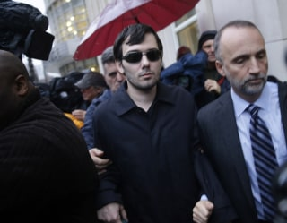 Image: Martin Shkreli leaves the courthouse after his arraignment
