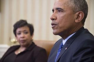 Image: US-POLITICS-GUNS-OBAMA