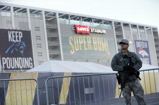 Image: Army soldier patrols Levi's Stadium