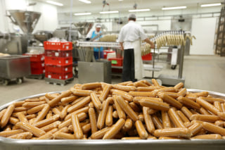 Image: Currywurst production at the Wolfsburg plant in Germany.