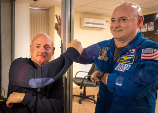 Image: Year in Space 02 - Fist Bump