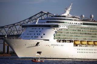 Image: The Royal Caribbean cruise lines Navigator of the Seas