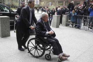 Image: Former House Speaker Dennis Hastert arrives for his sentencing in Chicago