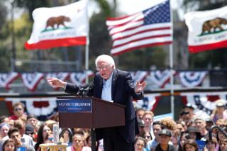 Image: Democratic U.S. presidential candidate Bernie Sanders speaks at a campaign event in Ventura, California