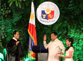 Image: President Rodrigo Duterte takes his oath