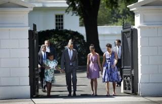 The Obamas Walk To Church