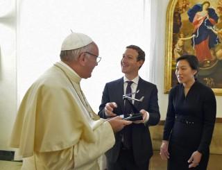 Image: Pope Francis receives Mark Zuckerberg