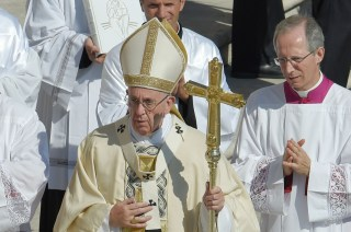 Image: Pope Francis leads a Holy Mass and canonization of Saint Teresa