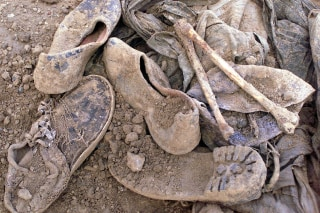Image: Afghanistan mass grave