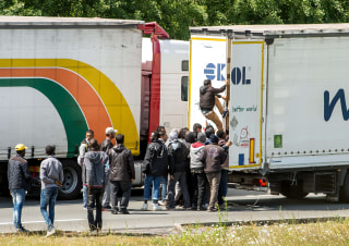 Image: Migrants in Calais, France