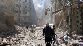 Image: At least 34 killed in new attacks in Syrian city of Aleppo