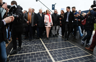 Image: FRANCE-POLITICS-ENVIRONMENT-ENERGY-TRANSPORT-CONSTRUCTION