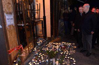 Image: Shooting attack on Tel Aviv cafe kills two
