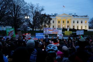 Image: Anti-travel order demonstration in Washington