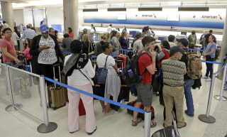 Image: Stranded airline passengers in Miami