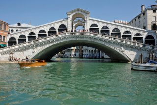 Image: Rialto Bridge in Venice