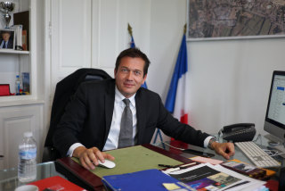 Image: Mayor Marc Etienne Lansade