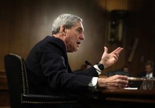 Image: FBI Director Robert Mueller testifies during a hearing