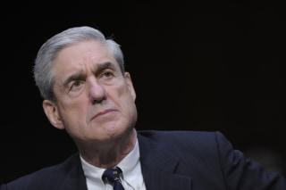 Image: FBI Director Robert Mueller testifies before the Senate Intelligence Committee
