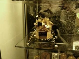 170729-lunar-module-124p-rs_c882783fb69b