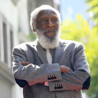 Image: Dick Gregory dies at the age of 84