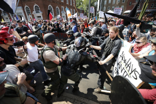Image: Protesters clash in Charlottesville