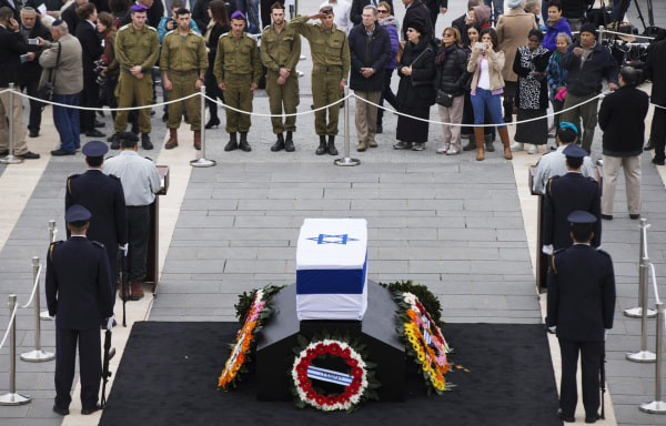 Israelis Mourn The Death Of Former PM Ariel Sharon