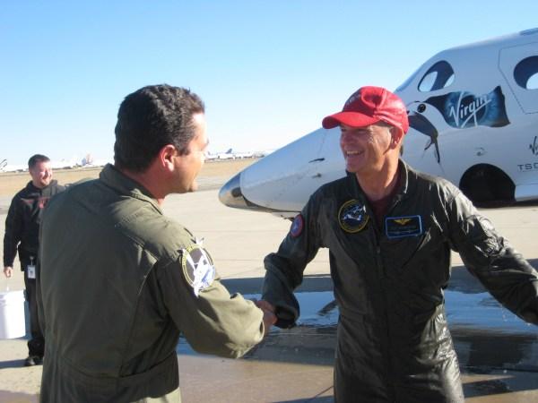 Image: Pilots shake hands