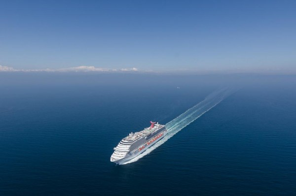 Image: Carnival Breeze
