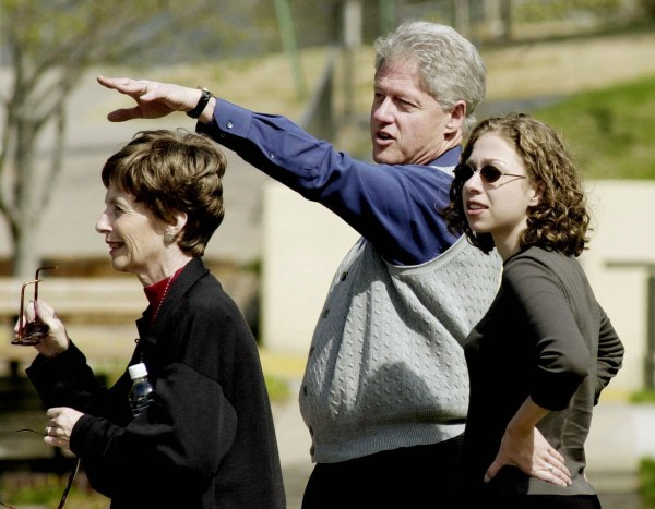 US President Bill Clinton and his daughter Chelsea
