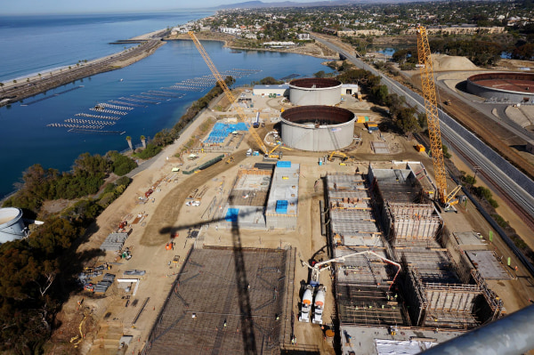 Image: Aerial view of construction of desalination plant in Carlsbad, Calif.