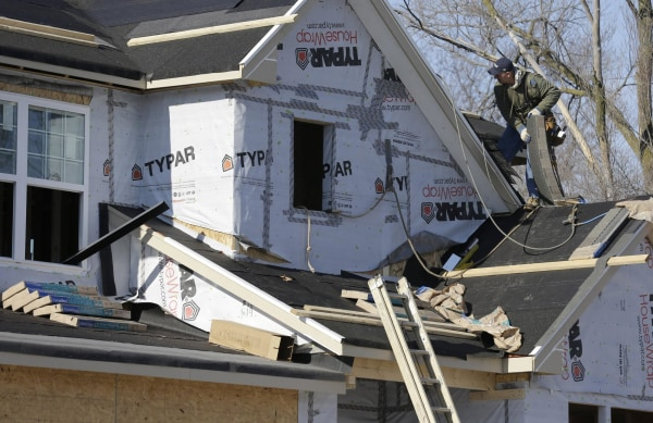 The relentless winter weather has put a big dent in homebuilders' confidence.