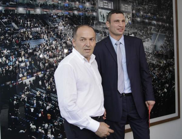Oligarch Viktor Pinchuk (L) with ex-boxer and Ukrainian opposition leader Vitali Klitschko