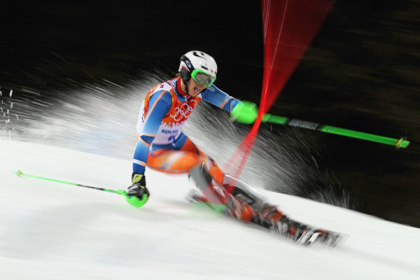 Image: Alpine Skiing - Winter Olympics Day 15