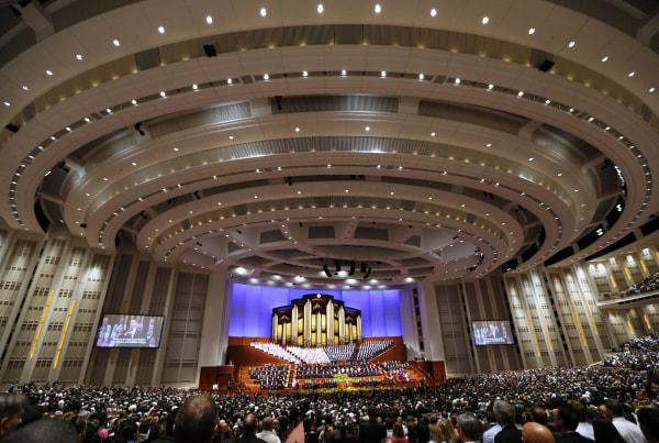 Image: Mormon Church's general conference in Salt Lake City, Utah